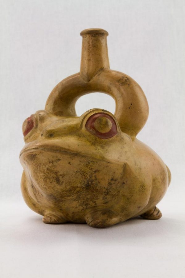 UCLA Fowler Museum Collection: X88.819 Moche vessel angle view