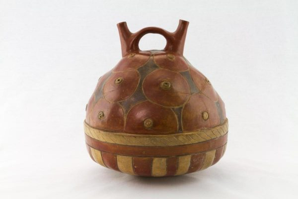 UCLA Fowler Museum Collection: X88.824 Proto Nasca Vessel back view