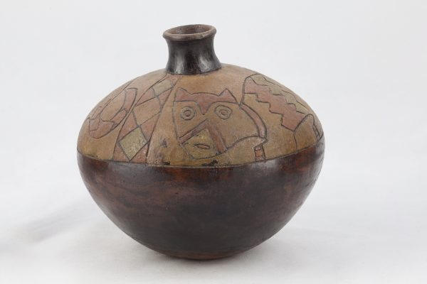 UCLA Fowler Museum Collection: X88.834 Paracas vessel front view