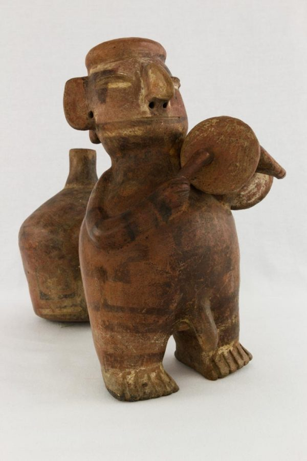 UCLA Fowler Museum Collection: X90.191 Vicus vessel angle view