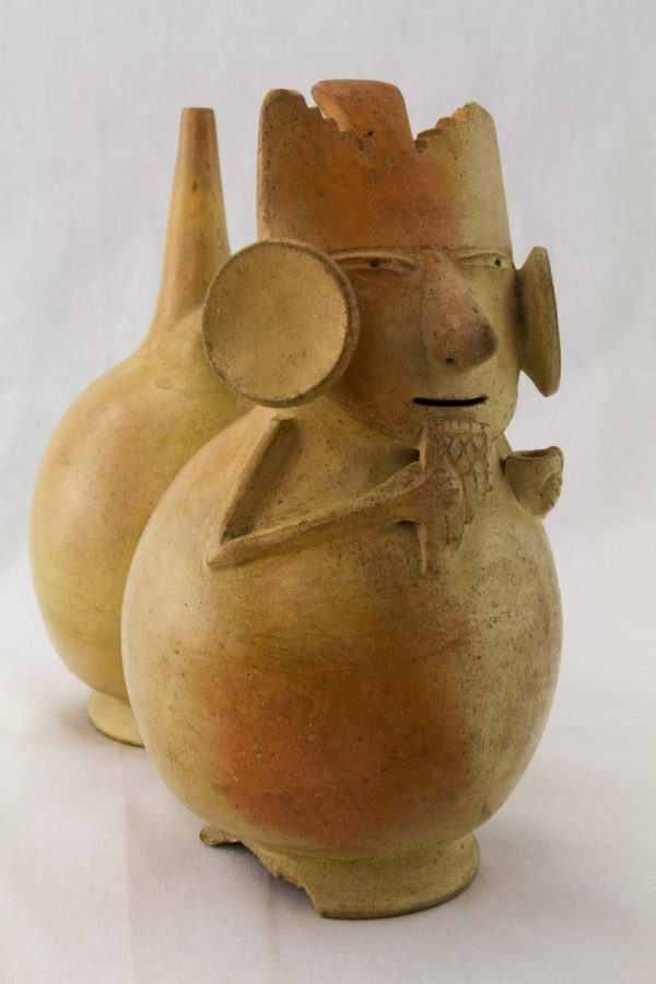 UCLA Fowler Museum Collection: X90.489 Salinar vessel right angle view