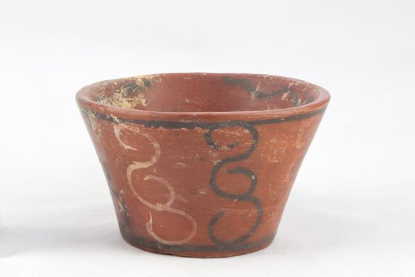 UCLA Fowler Museum Collection: X91.1542 Tiwanacu vessel front view