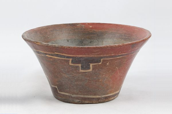 UCLA Fowler Museum Collection: X91.1544 Tiwanacu vessel front view