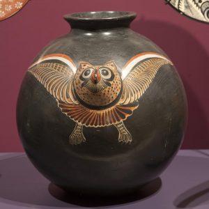 UCLA Fowler Museum Collection: X91.4204 Cantara pot