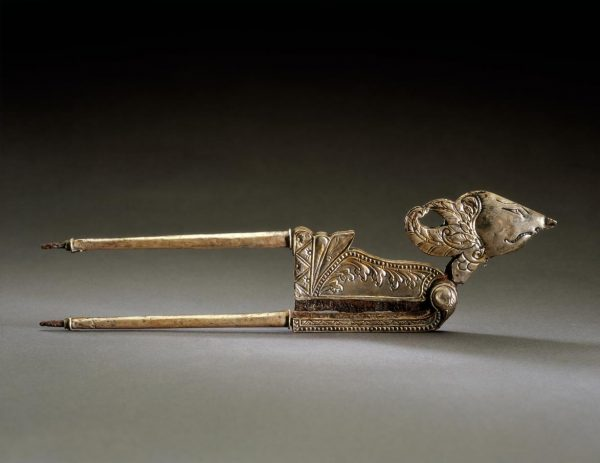UCLA Fowler Museum Collection: X95.38.157 Areca nut cutter, the warrior Arjuna