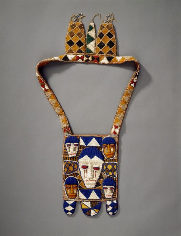 UCLA Fowler Museum Collection: X96.3.3 Beaded Bag