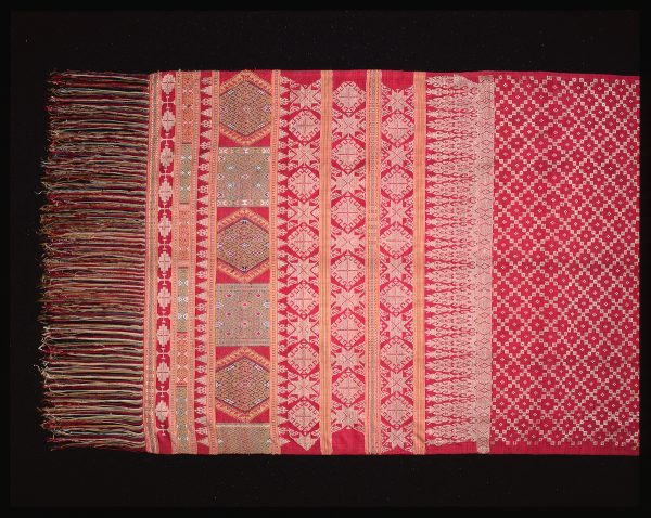 UCLA Fowler Museum Collection: X97.50.69 Shoulder cloth