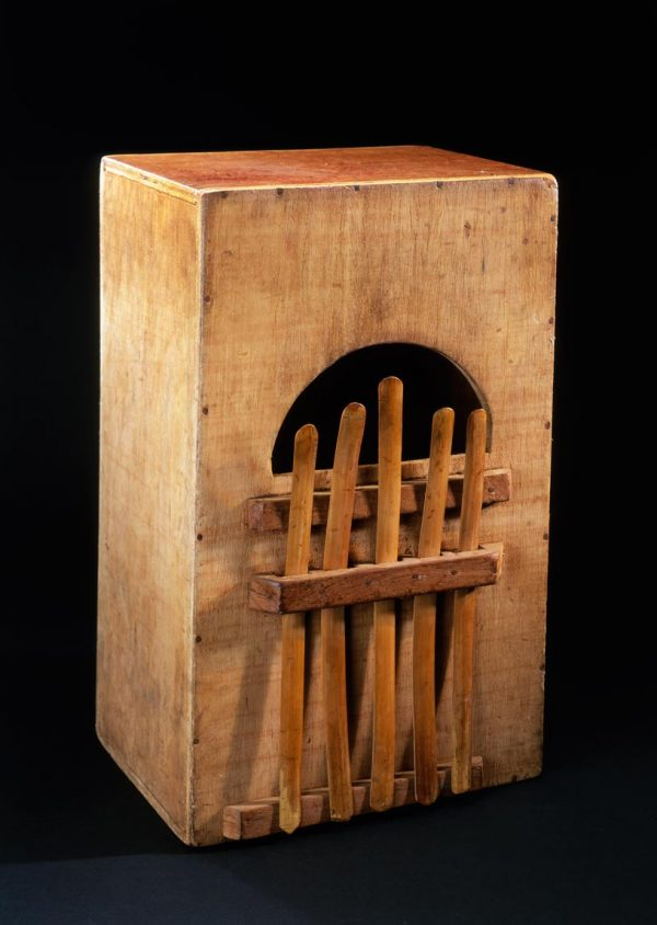 """UCLA Fowler Museum Collection: X98.34.16 Lamellophone or """"thumb piano"""""""