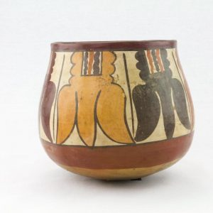 UCLA Fowler Museum Collection: X99.49.4 Nasca vessel right image